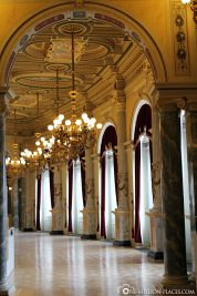The foyer of the Semperoper