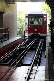 Die Einfahrt der Tram