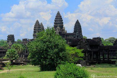 The main temple Angkor Wat