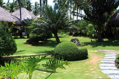 Die Gartenanlage im Resort