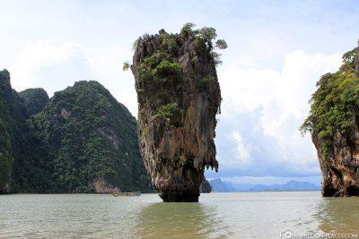 The James Bond Rock