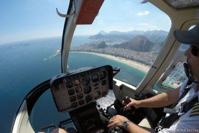 Mit dem Helikopter über Rio