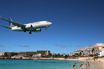 A landing plane