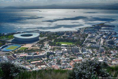 Blick auf Kapstadt, das Olympiastadion