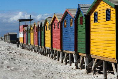 Die bunten Strandhäuser in Muizenberg