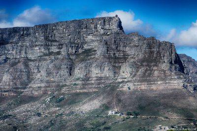 Die Berg- und Talstation des Tafelbergs