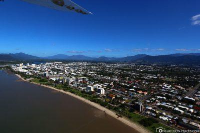 Entlang der Küste von Cairns