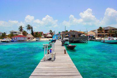 Der Hafen der Kleinstadt