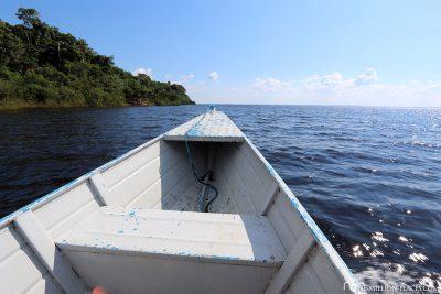 Flussfahrt über den Rio Negro