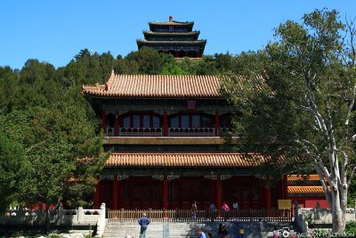 Gate at Jingshan Park