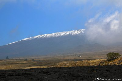 The snow-covered volcano Mauna Kea