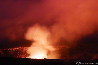 The glow of Halema'uma'u Crater