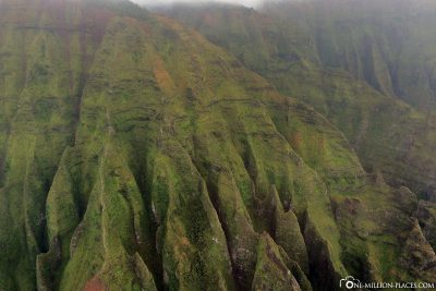 The green slopes of the Napali coast