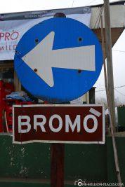 Signpost to Mount Bromo