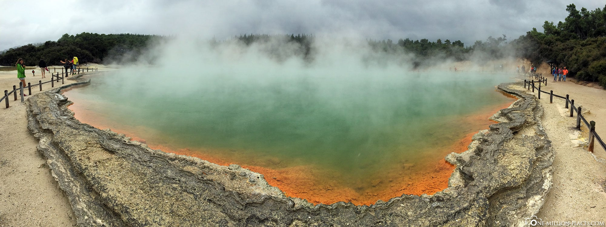 Panorama, Wai-O-Tapu, Waiotapu, Neuseeland, Geothermalgebiet, Region Waikato, Auf eigene Faust, Reisebericht