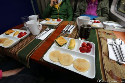 The food in the Vistadom train of Perurail