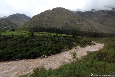 The railway line along the Rio Urubamba
