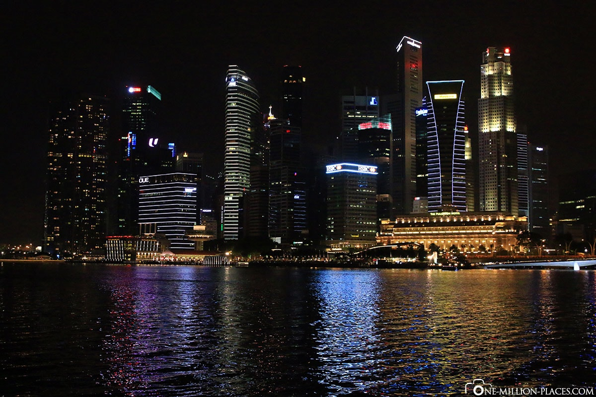 Skyline at Night, Singapore, Attractions, On Your Own, City Tour, At Night, Travelreport