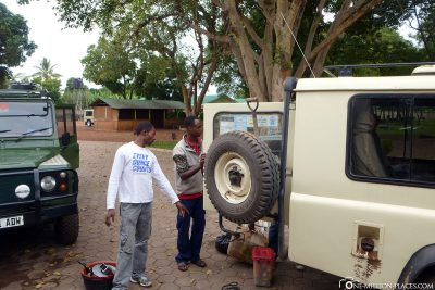 Unloading the Jeep