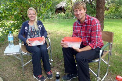 Mittagessen am Camp