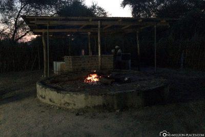 Die Kochstelle im Camp