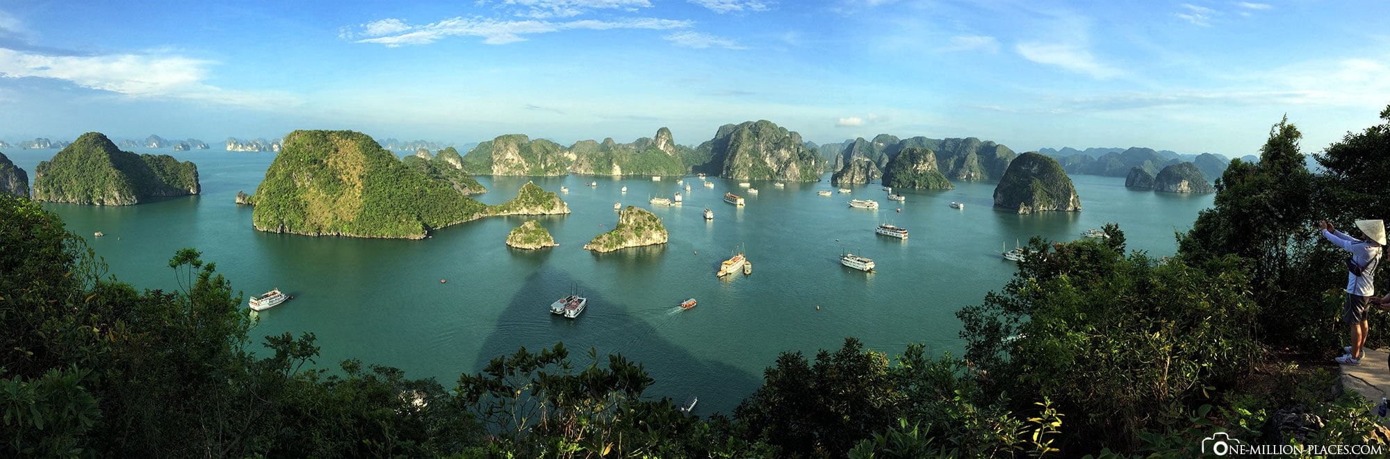 Panoramic view, Halong Bay, Vietnam, 2 day boat tour, cruise, ship, travel report