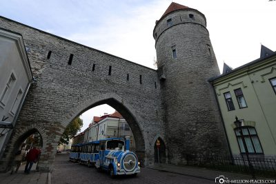 A city gate in the west of the old town