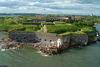 Suomenlinna from the lake side