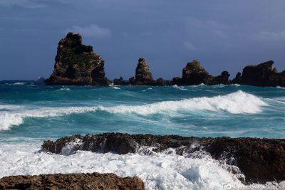 Die wilde Atlantikküste in Guadeloupe
