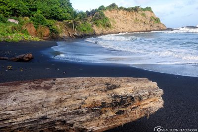 The black beaches