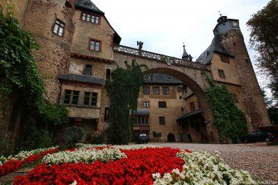Schloss Fürstenau mit Schmucktorbogen