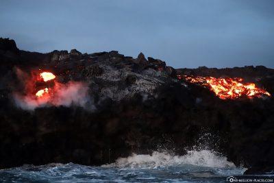 Ein zweiter Lava Breakout an den Klippen