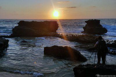 Sunrise at Sandy Beach on Oahu