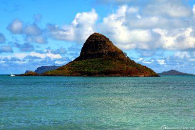 The island of Mokoli'i - Chinaman's Hat