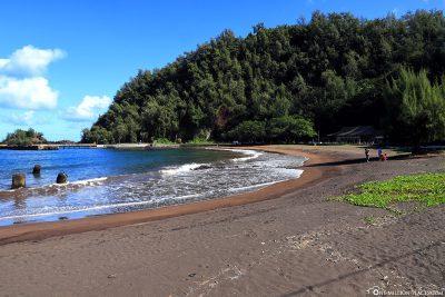 Der Hana Bay Beach Park