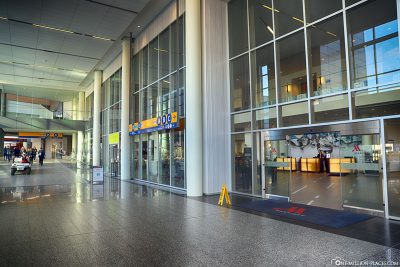 The entrance to the Calgary Airport Marriott In-Terminal Hotel