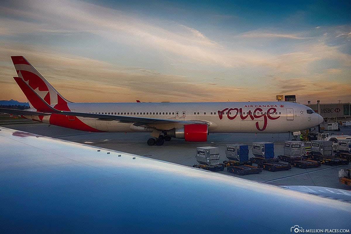 Air Canada Rouge, Hawaii, Canada, Stopover
