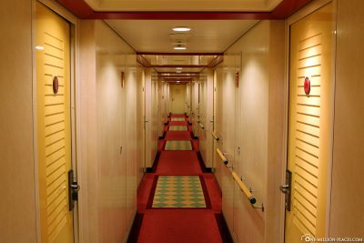 The corridors to the cabins