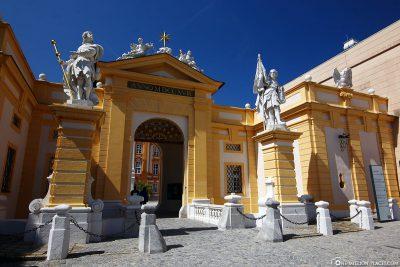 Das Portal zum  Benediktinerkloster