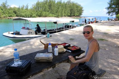 Lunch on Peleliu