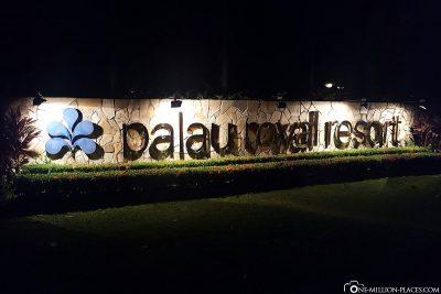 Der Eingang zum Hotel