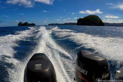 Mit dem Schnellboot in Palau