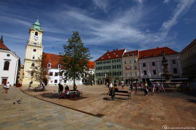 Der Hauptplatz mit dem Alten Rathaus