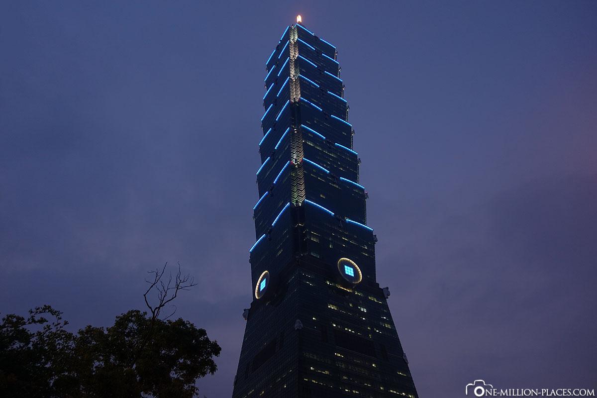 Night, Taipei 101, Taiwan, On Your Own, Travelreport