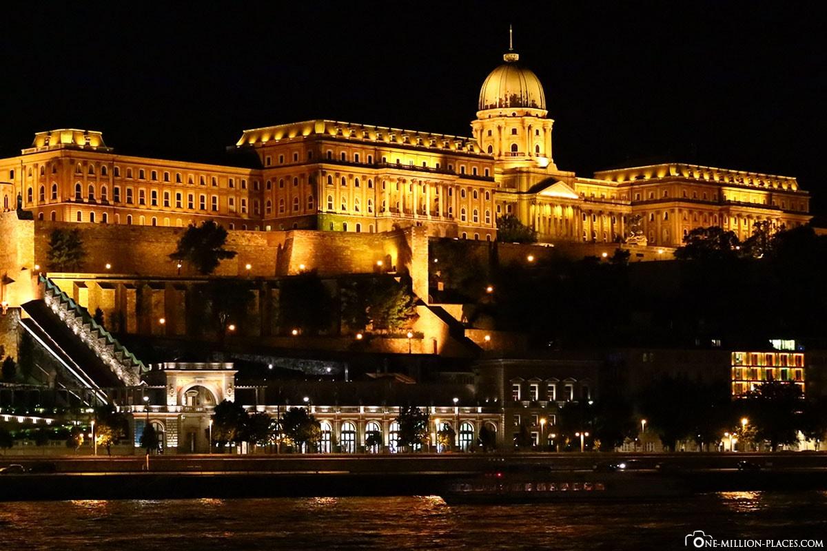 Burgpalast, Budapest bei Nacht, Ungarn, Fotospot, Sehenswürdigkeiten, Auf eigene Faust, Reisebericht