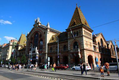 Die große Markthalle Nagy Vásárcsarnok