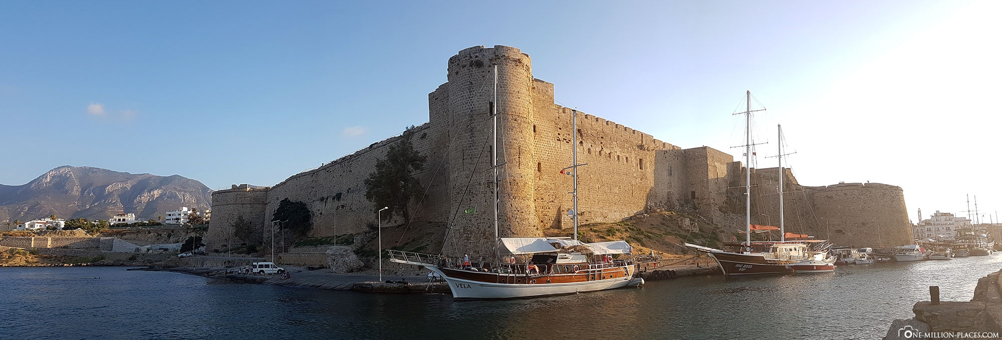 Panoramic view of the fortress of Kyrenia, Cyprus, Northern Cyprus, sights, travel report