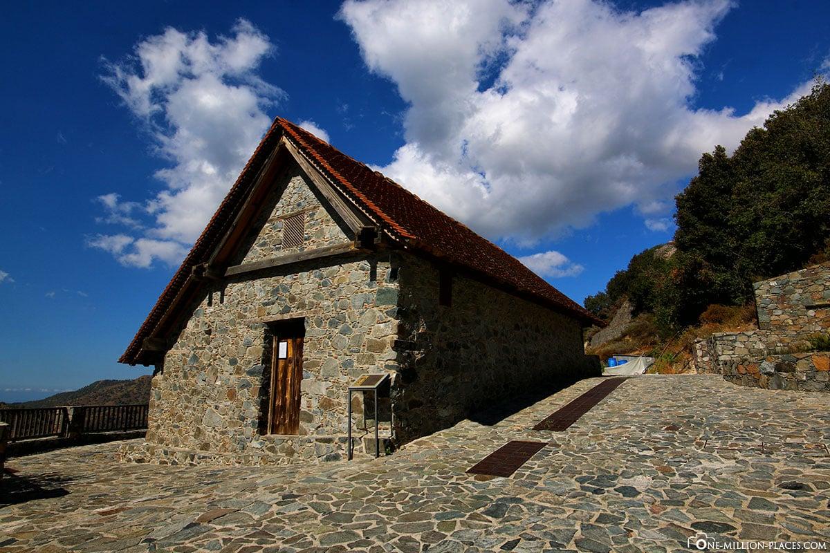 Scheunendachkirche, Panagia tou Moutoulla, Bemalte Kirche, UNESCO, Trodos, Südzypern, Zypern, Sehenswürdigkeiten