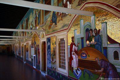 Prachtvolle Fresken und Mosaiken