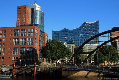 View from the Niederbaumbrücke